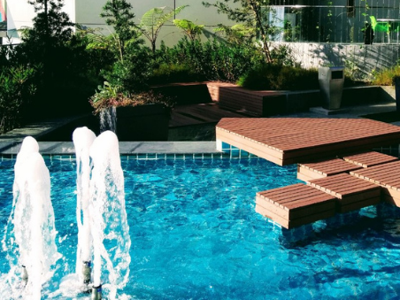 pool water features - pool fountains and waterfalls