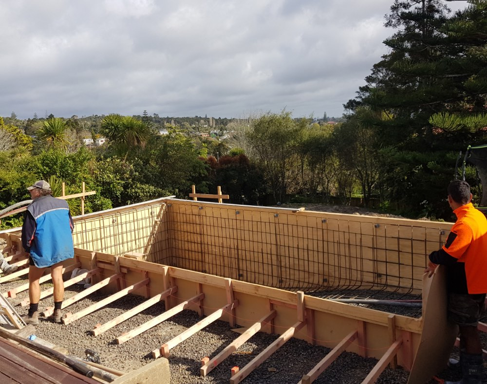 Concrete pool builders with Auckland pool specialists